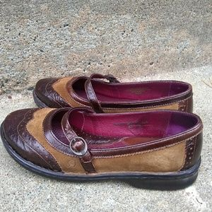 Born Eliza W8409 Shoes
